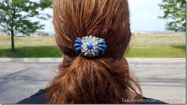 alter a necklace into a barrette
