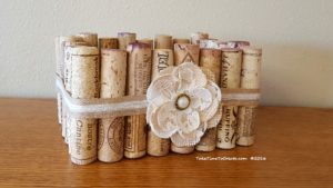 diy-basket-out-of-wine-corks